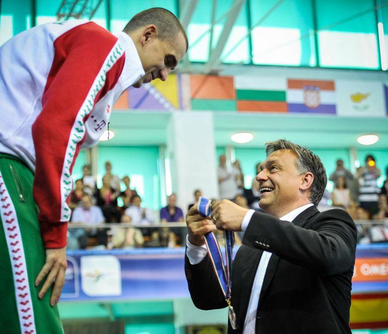 Orbán Viktor Cseh László visszavonulását sem hagyta szó nélkül, felbolydult a méhkas