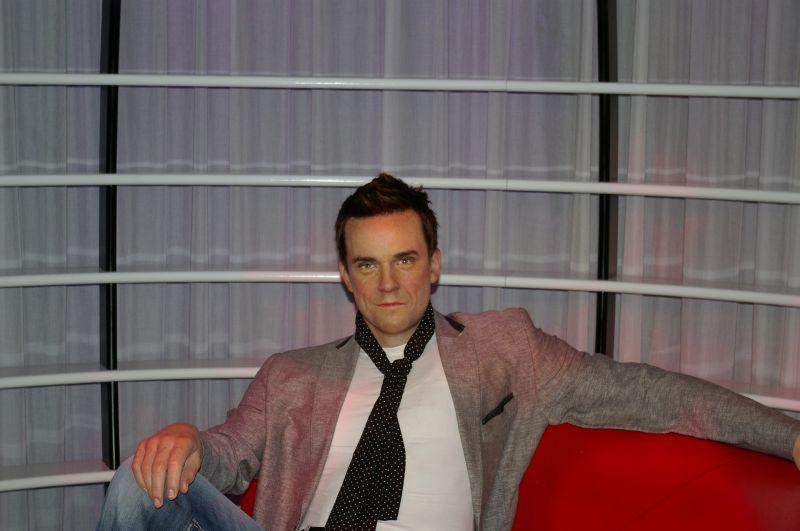 Eldurvult a helyzet: Lefejezéssel fenyegették meg Robbie Williams-t
