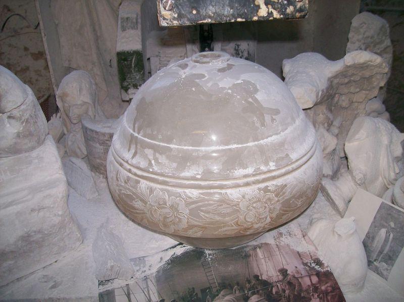 Emberi maradványokat találtak a töki önkormányzat páncélszekrényében, a faluvezetés reakciója mindent visz