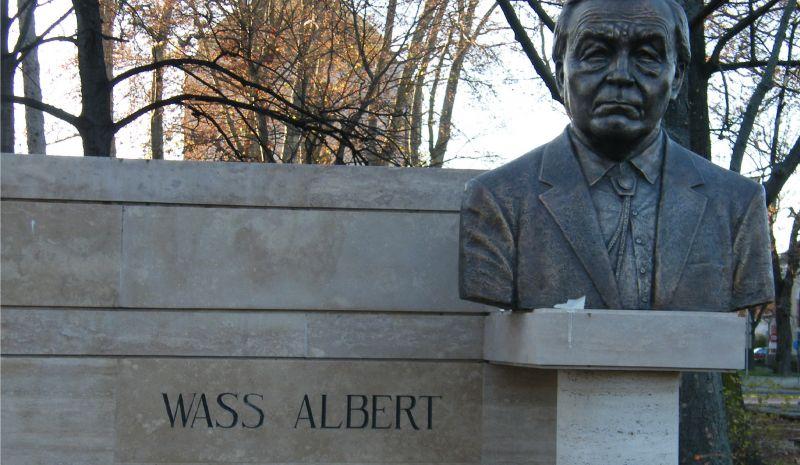 Háborús bűnös volt Wass Albert? – A román ügyészség ezt gondolja az ügyről