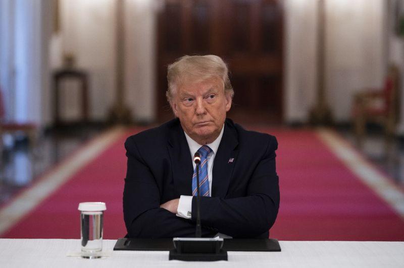 Trump unokahúga csalással vádolja az elnököt