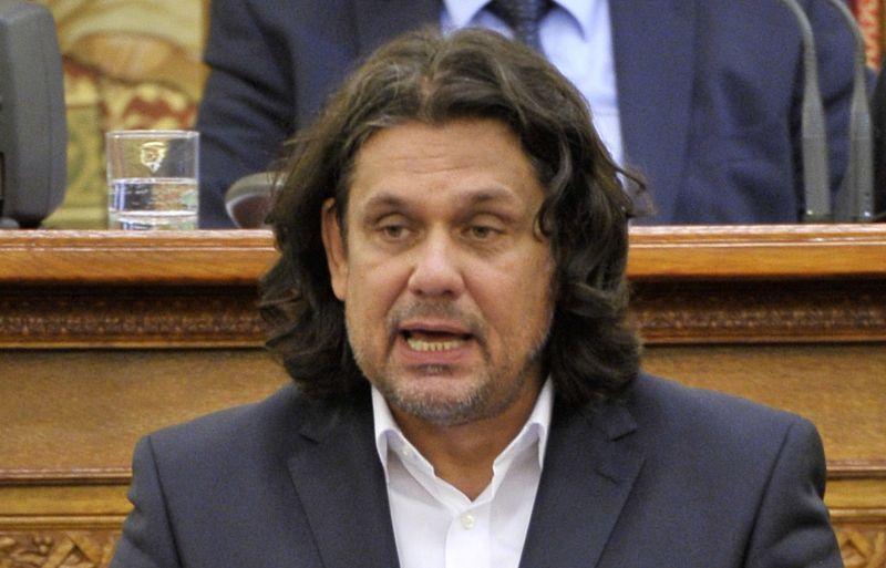 Jobbikos képviselő: nem zsidóztam le Deutsch Tamást, csak drogosnak hívtam!