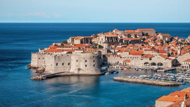 Tömegesen menekültnek Horvátországból a koronavírus miatt