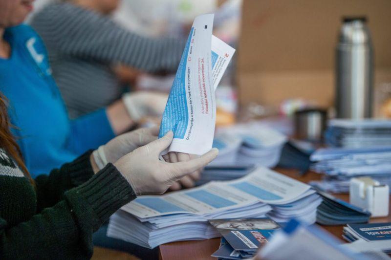 Kormány: óriási siker a nemzeti konzultáció – ennyien töltötték ki eddig