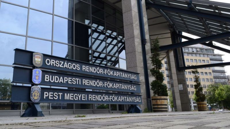 Női beosztottja verésével és alázásával gyanúsítják az ORFK egyik csúcsvezetőjét