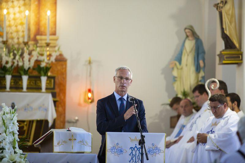 """Soltész Miklós egyházügyi államtitkár: """"nekünk ez a szivárványos zászló nem kell, vigyék vissza Nyugatra"""""""