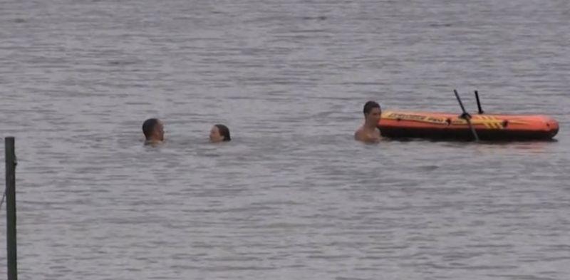 Holttestbe botlott egy fürdőző a Veszprém megyei strandon
