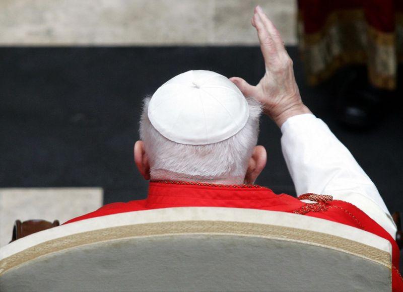Ellopták a szent II. János Pál pápa vérét tartalmazó ereklyét