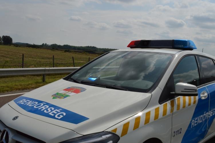 Egy buszsofőr úgy megütött egy rendőrnőt Letenyénél, hogy a nő összeesett