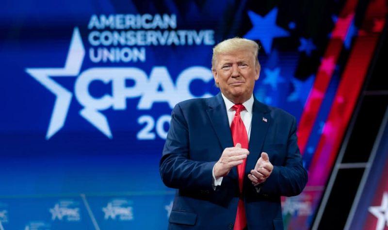 Trump csaknem 200 millió gyorsteszt kiszállítását ígéri