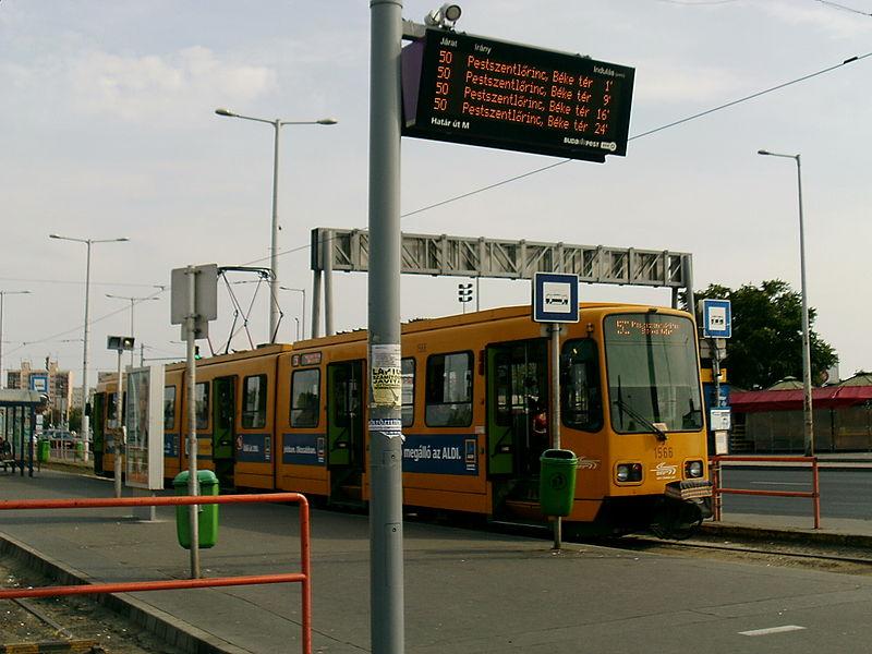 A hónap végéig az 50-es villamos helyett pótlóbusz közlekedik