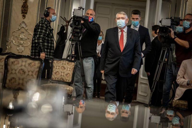 Kásler Miklós: Tegyék dupla hullazsákba azokat, aki a koronavírusban haltak meg