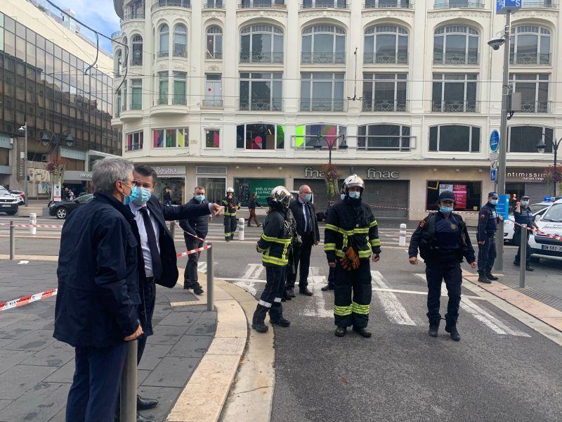 Újabb lefejezéses támadás Franciaországban – templomban gyilkolt a terrorista