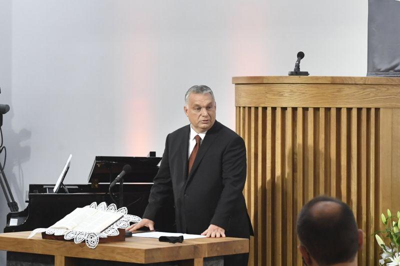 Felépült egy templom, hálaadó istentiszteletre hívták Orbán Viktort