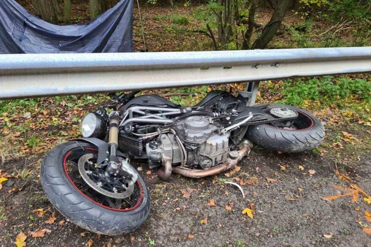 Szörnyethalt egy motoros Pilisszentkeresztnél