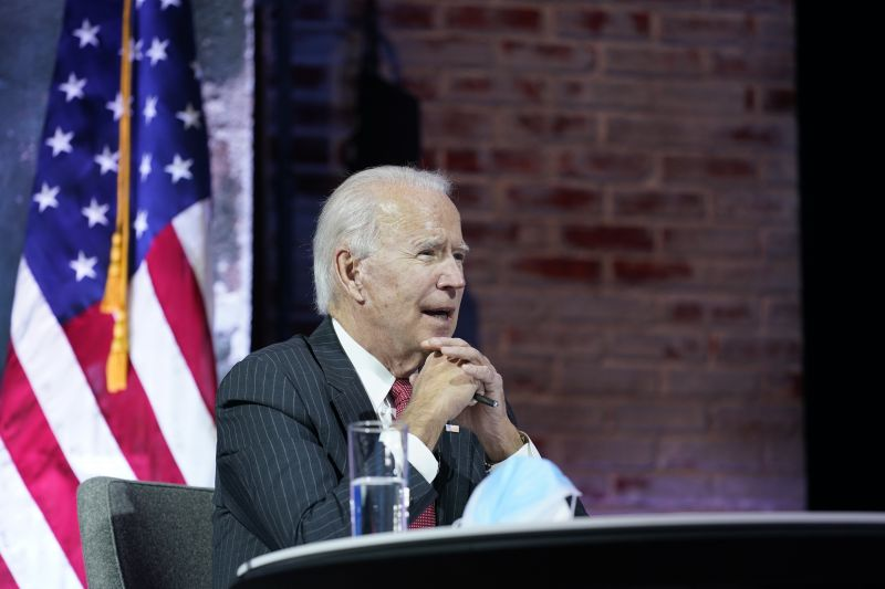 Nagy ígéretet tett Biden az illegális bevándorlóknak