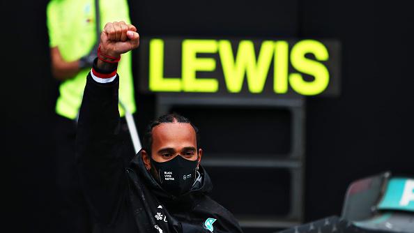Hamilton beérte Schumachert, hetedszer is világbajnok