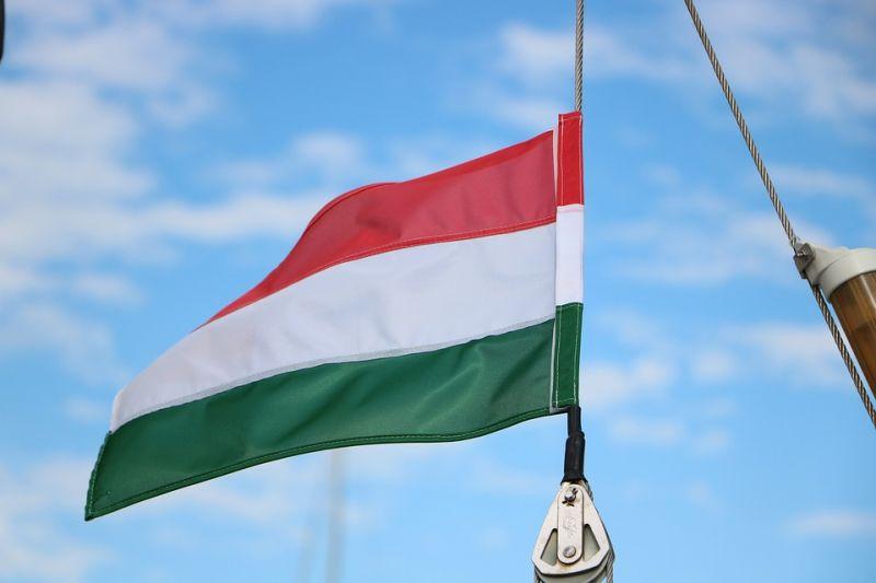 Eljárás indult kárpátaljai képviselők ellen, mert a magyar himnuszt énekelték