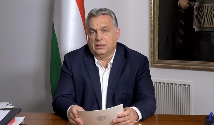 Karácsonyig lazítanak a korlátozásokon? Meglepő üzenet a magyar kormánytól