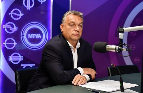 Orbánék így kezelik a Covid-válságot: 11 ezer halott, titkolózás, agresszív kommunikáció a bírálókkal szemben, felelősség-elhárítás
