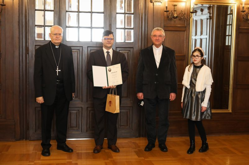 Az MTVA munkatársa kapta idén a Szalézi Szent Ferenc-sajtóösztöndíjat