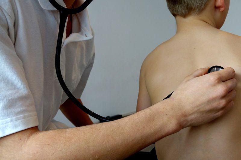 A magyarok kedvenc gyermekorvosa is kiakadt a Bayer Zsolt-féle pedofil sztori miatt