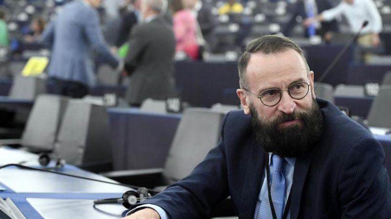 A kormánypárti szakértő szerint Szájer József egy titkosszolgálati akció áldozata lett
