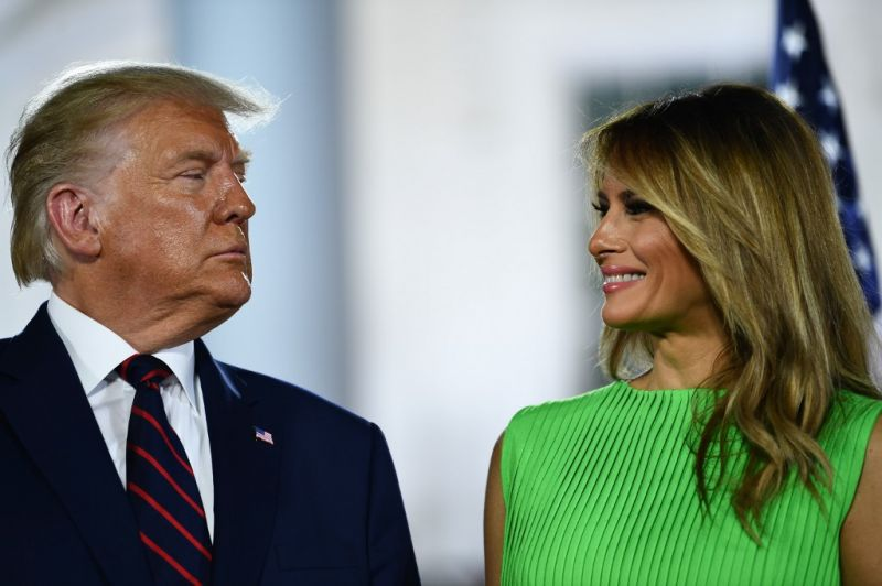 Trump nem részesíti elnöki kegyelemben sem önmagát, sem a családtagjait