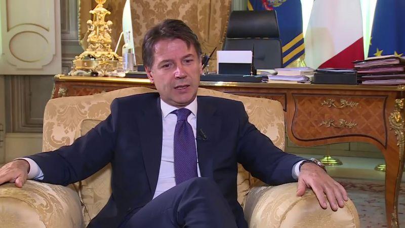 Lemondott két miniszter, kormányválság van Olaszországban