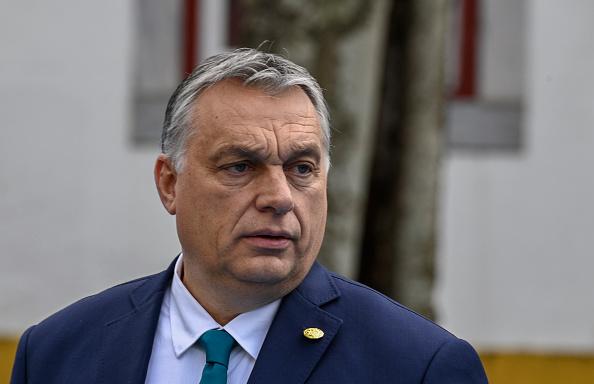 Orbán: kiemelkedően jó évet kell csinálni 2021-ből