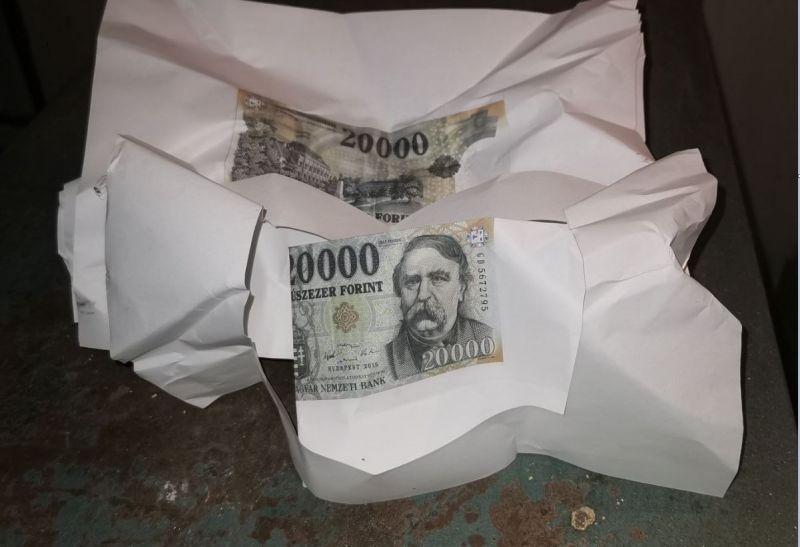 A4-es papírra nyomtatott húszezressel fizetett, meglepetésére lebukott
