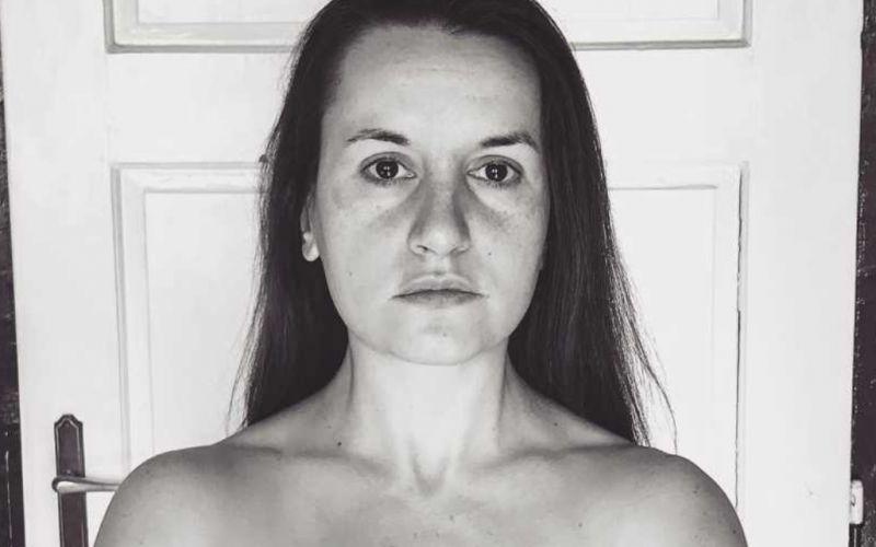Meztelenül pózol a volt KDNP-s aktivista, megosztja a közvéleményt a szexi fotója
