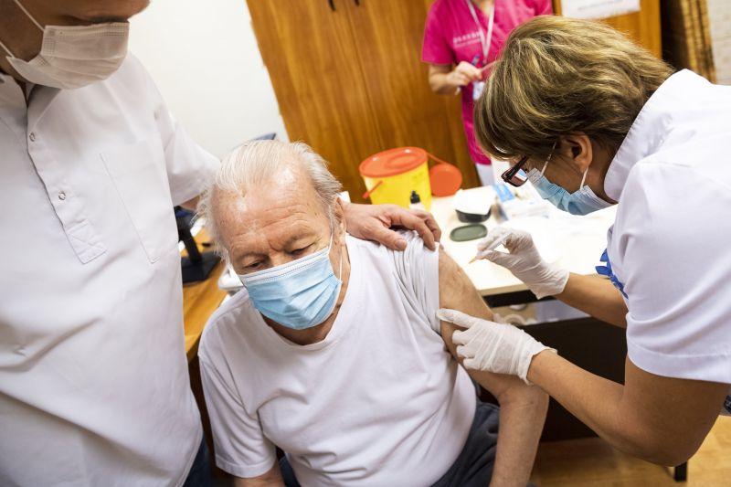Karácsony: lehet, hogy jó a kínai és orosz vakcina, de ezt ne politikusok mondják meg, hanem uniós szakértők!