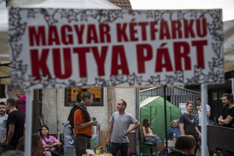 A Kétfarkú Kutyapárt nem vesz részt az ellenzéki összefogásban
