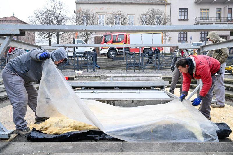 Dühöng a harmadik hullám, eközben Káslerék megnyitották a csontkamrát Székesfehérváron