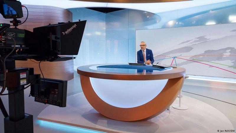 Részben a magyar médiahelyzet válsága miatt magyar tartalmakat kezd adni a Deutsche Welle