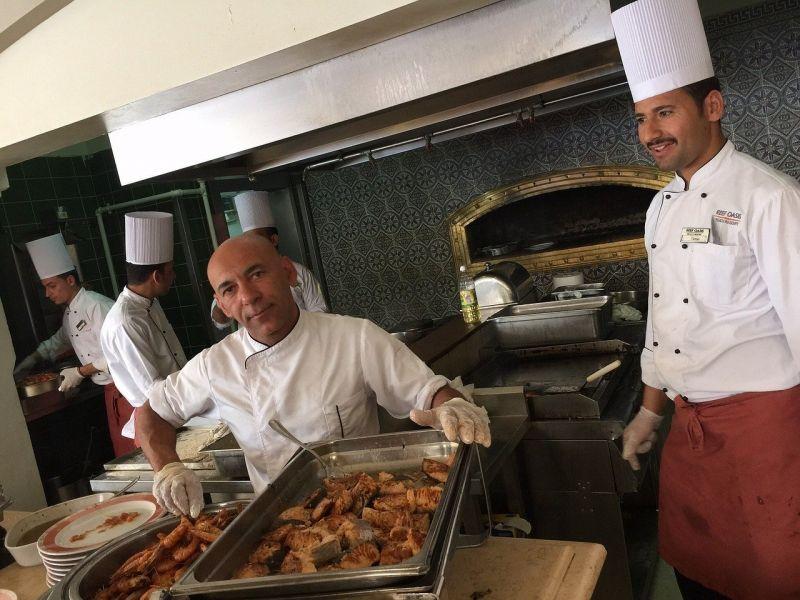 Kényszermunkára fogta a szakácsait az étteremtulajdonos