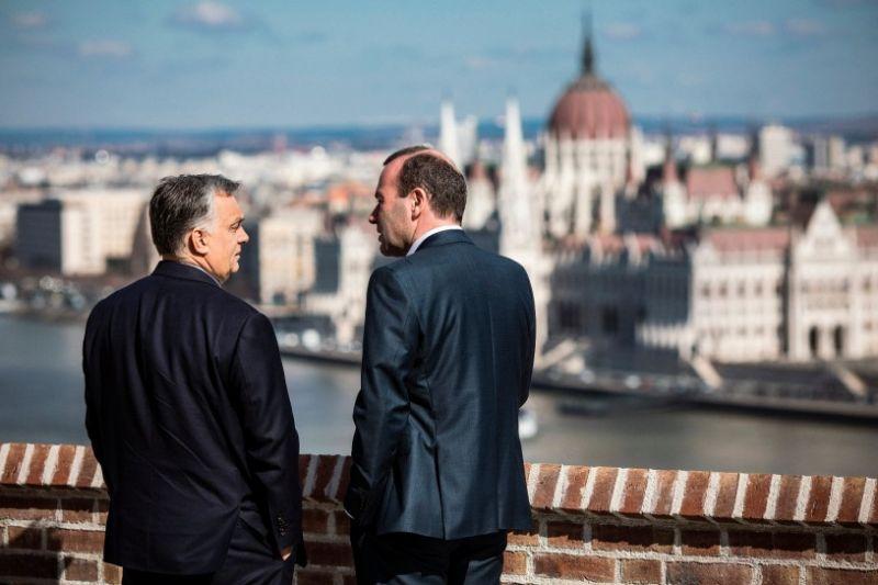 Néppárt: A Fidesz megszegte az alapszabályt, kizárási eljárással néz szembe