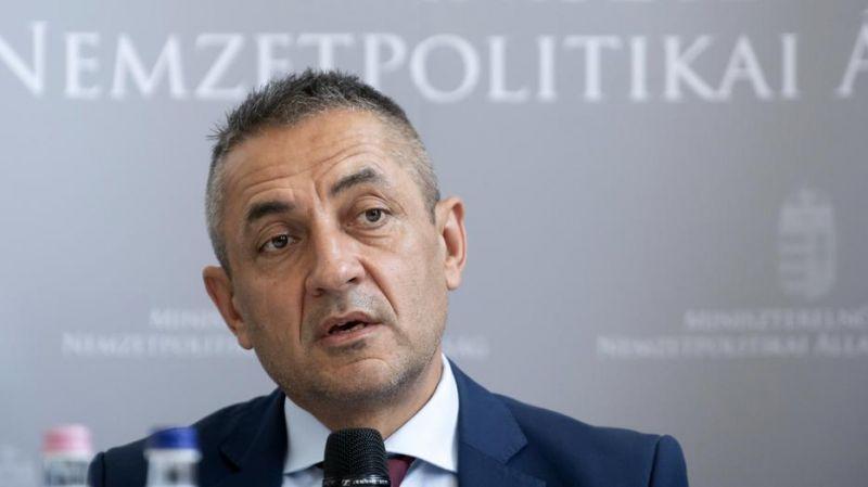 Fideszes államtitkár: a fiatalok már egységes magyar nemzetben gondolkodnak
