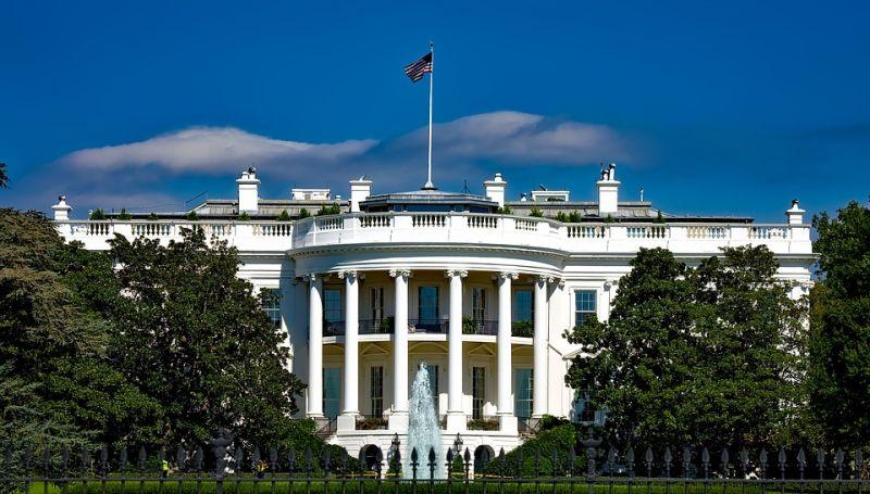 Koronavírus: Megszavazták Joe Biden közel 2000 milliárd dolláros csomagját