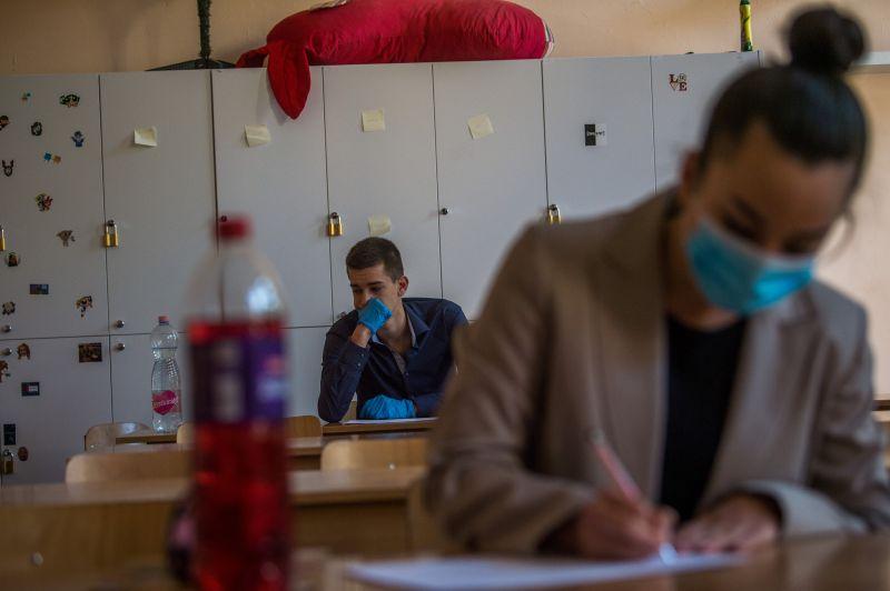 Sorra fújják le a szóbeli felvételi vizsgákat a koronavírus miatt