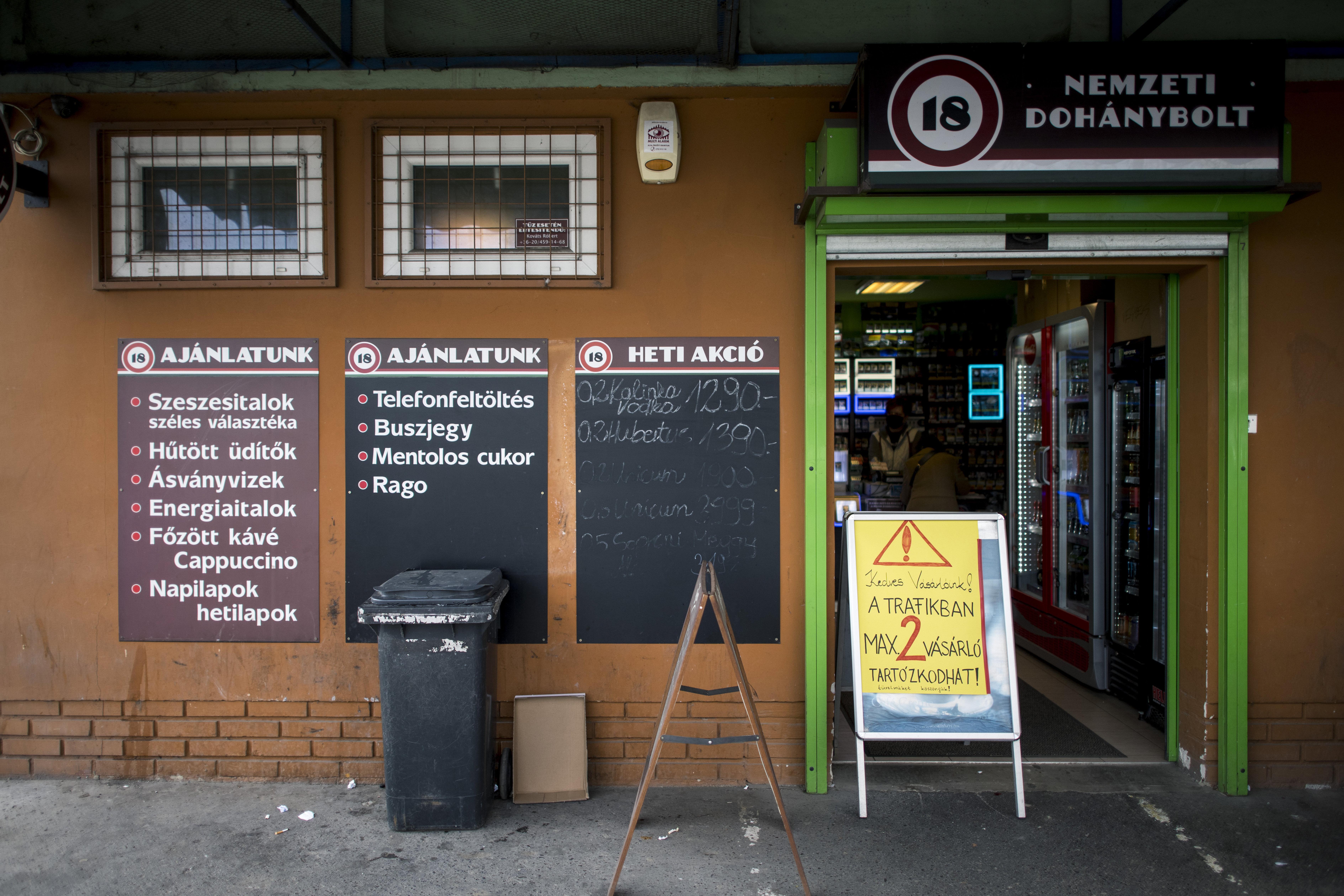 Eldőlt a dohányboltok sorsa is a járvány miatt
