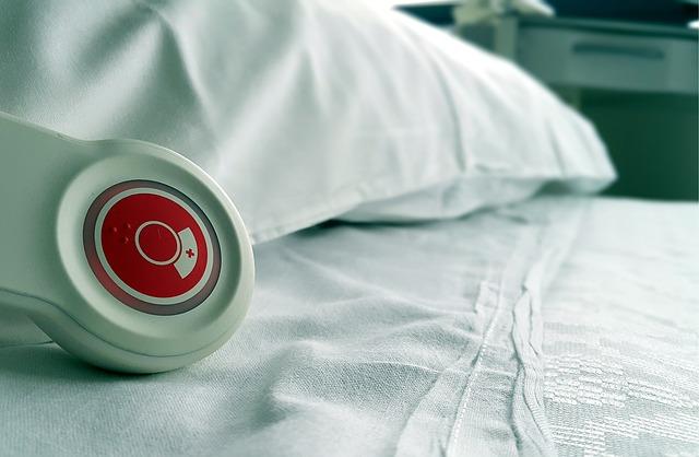 Harmadik hullám: Több mint négyezer embert fertőzött meg a koronavírus egy nap alatt, egyre többen vannak kórházban és lélegeztetőgépen