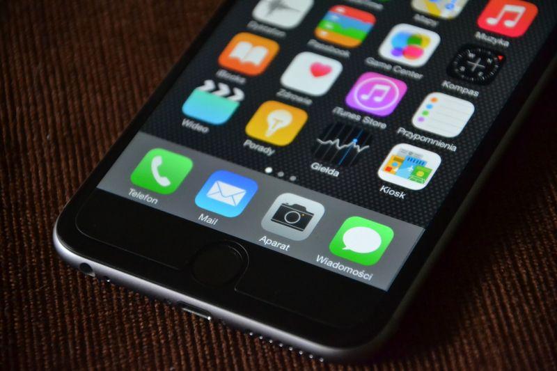 Remek megoldás: bocsánatkérő SMS-t kapnak, akiket rossz oltási helyre küldtek