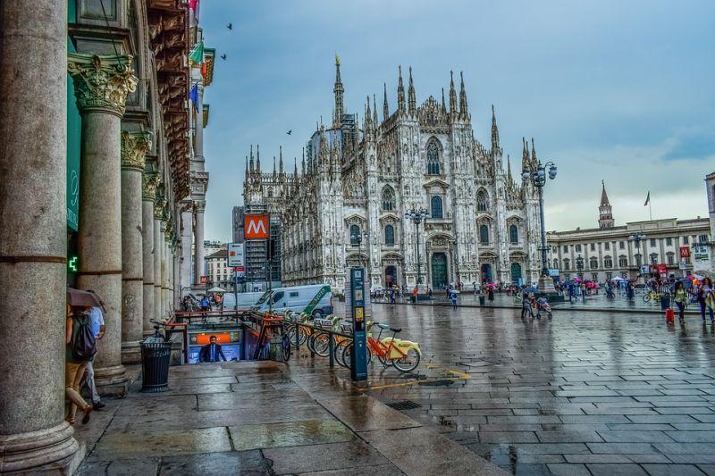 Lombardia határai záródnak, megint zárlat lépett életbe a tízmilliós tartományban