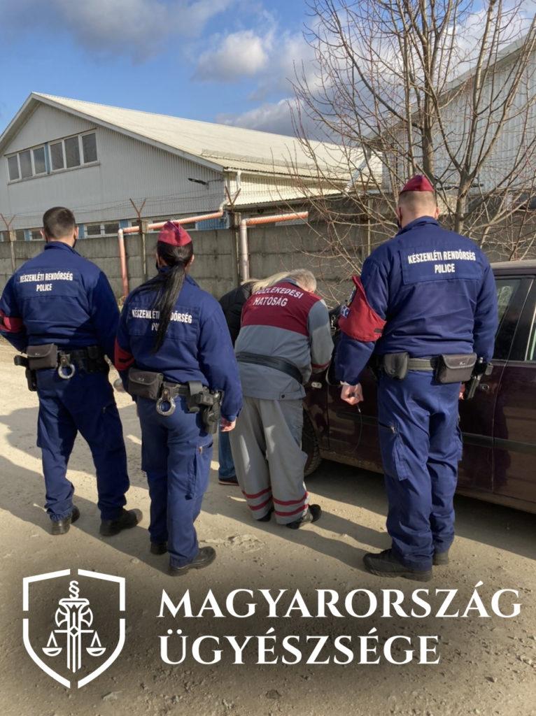 Több mint száz rendőr, ügynök és ügyész csapott le a megkent kormánytisztviselőkre – így bizniszeltek a műszaki vizsgákkal