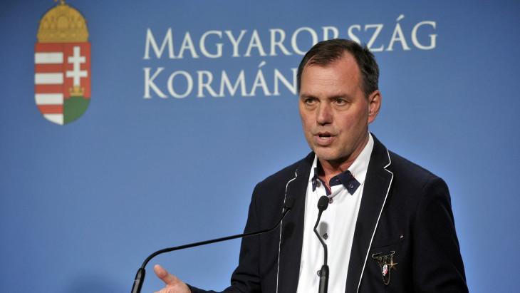 """Megszólalt Szlávik János a növekvő esetszámokról: """"Elképzelhető, hogy szigorítani kell az intézkedéseket"""""""