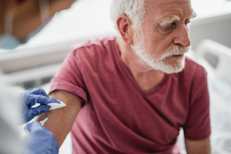 Századvég Alapítvány: a balliberális állhírek ellenére szerint magas a vakcinák iránti bizalom