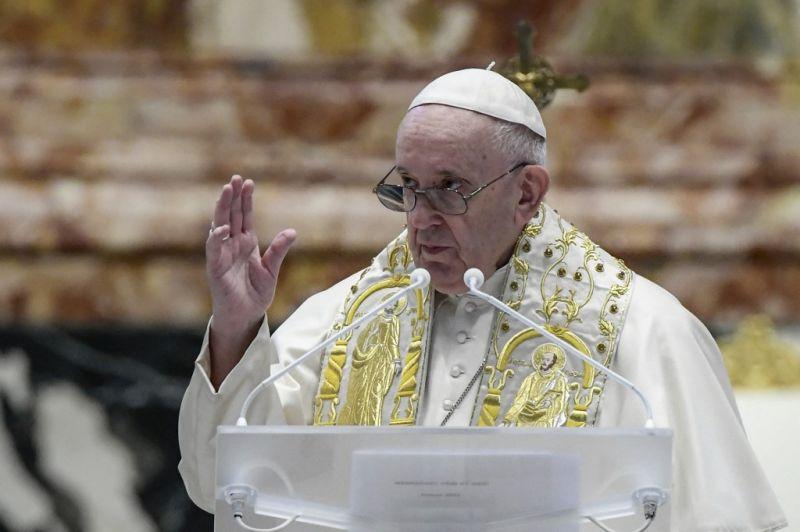 Ferenc pápa arra kérte a világot, hogy gyorsítsák fel a vakcinák szétosztását és beadását