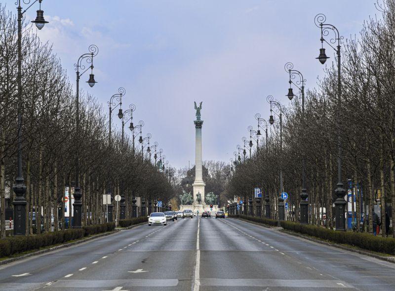 Lezárják az Andrássy utat hétvégén az autósok előtt